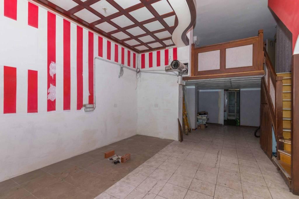 Negozio in vendita Zona Valdocco, Aurora - corso Regina Margherita 108 Torino