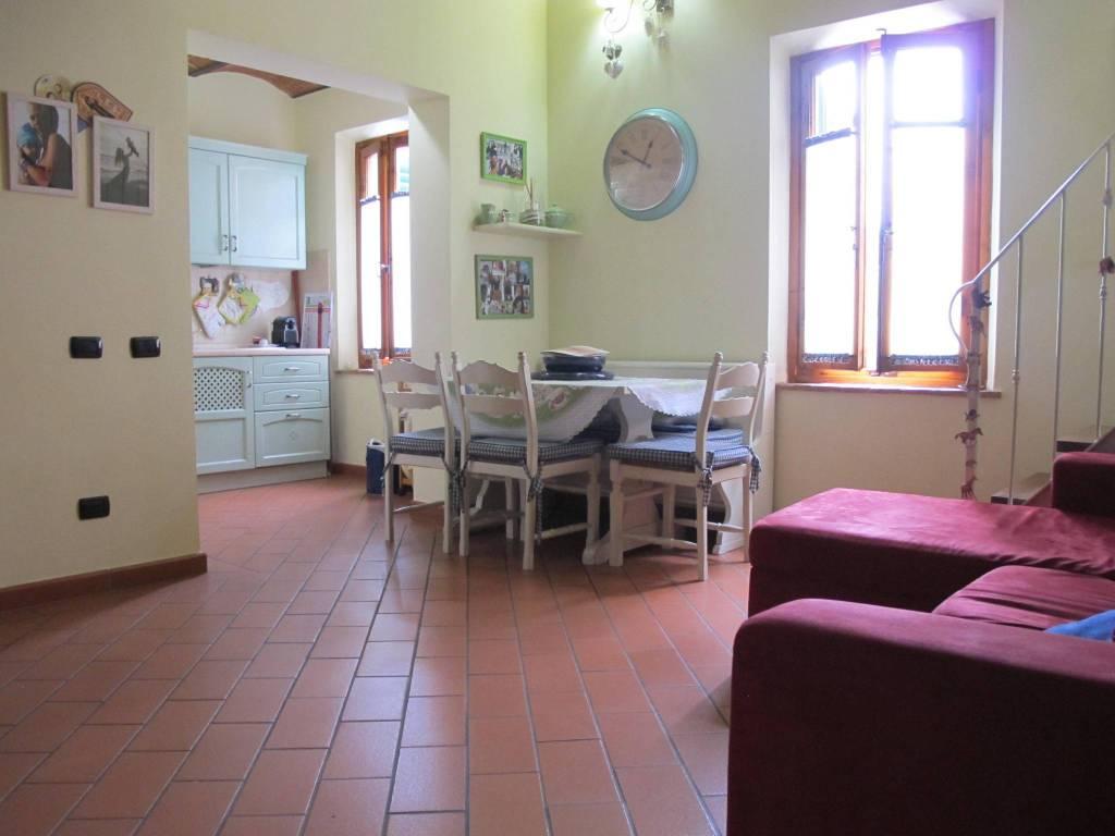 Appartamento in Vendita a Pistoia Centro:  4 locali, 95 mq  - Foto 1