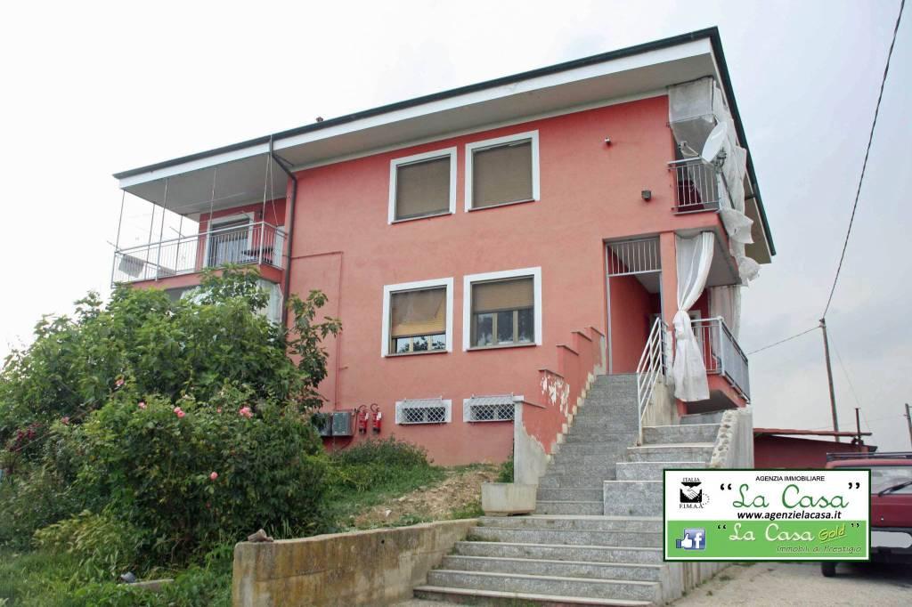 Villa in vendita a San Paolo Solbrito, 10 locali, prezzo € 298.000 | CambioCasa.it
