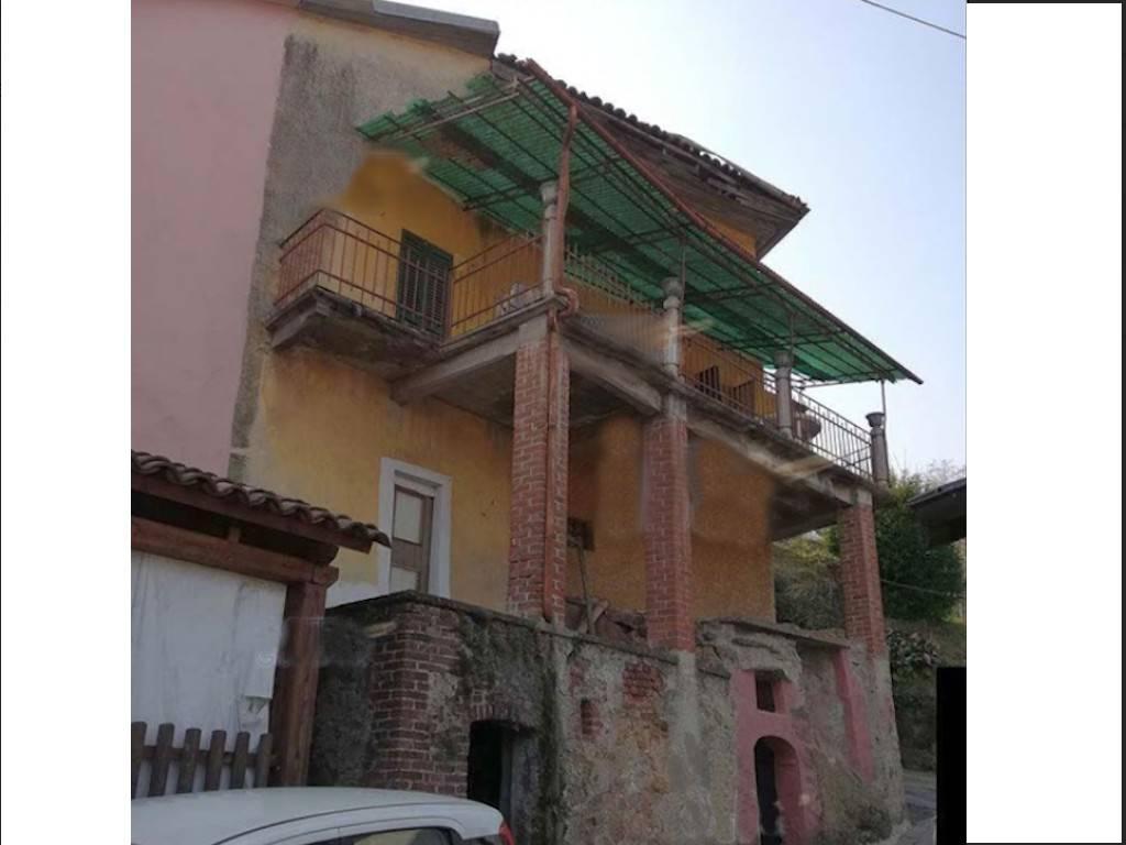 Appartamento in vendita a Castellamonte, 5 locali, prezzo € 30.000 | PortaleAgenzieImmobiliari.it