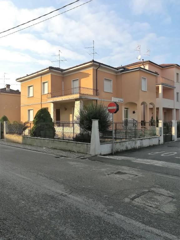Villa in vendita a Capriano del Colle, 4 locali, prezzo € 120.000 | PortaleAgenzieImmobiliari.it