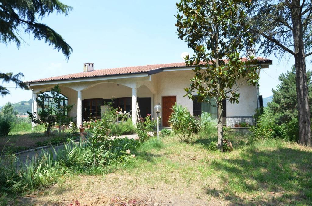 Foto 1 di Villa Regione San Desiderio, Monastero Bormida