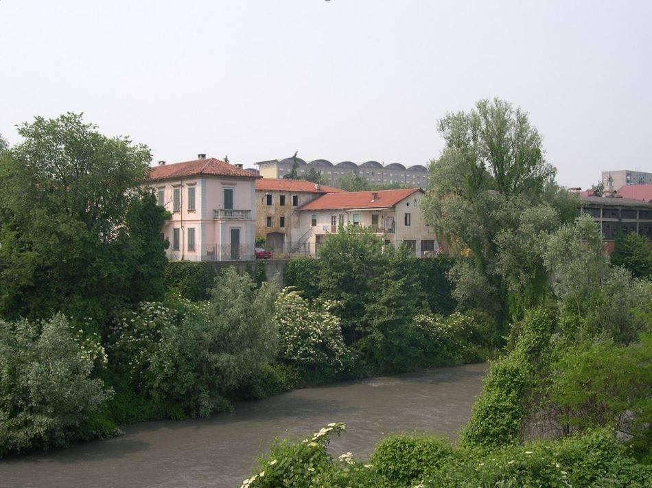 Attività / Licenza in vendita a Collegno, 9999 locali, prezzo € 280.000 | CambioCasa.it