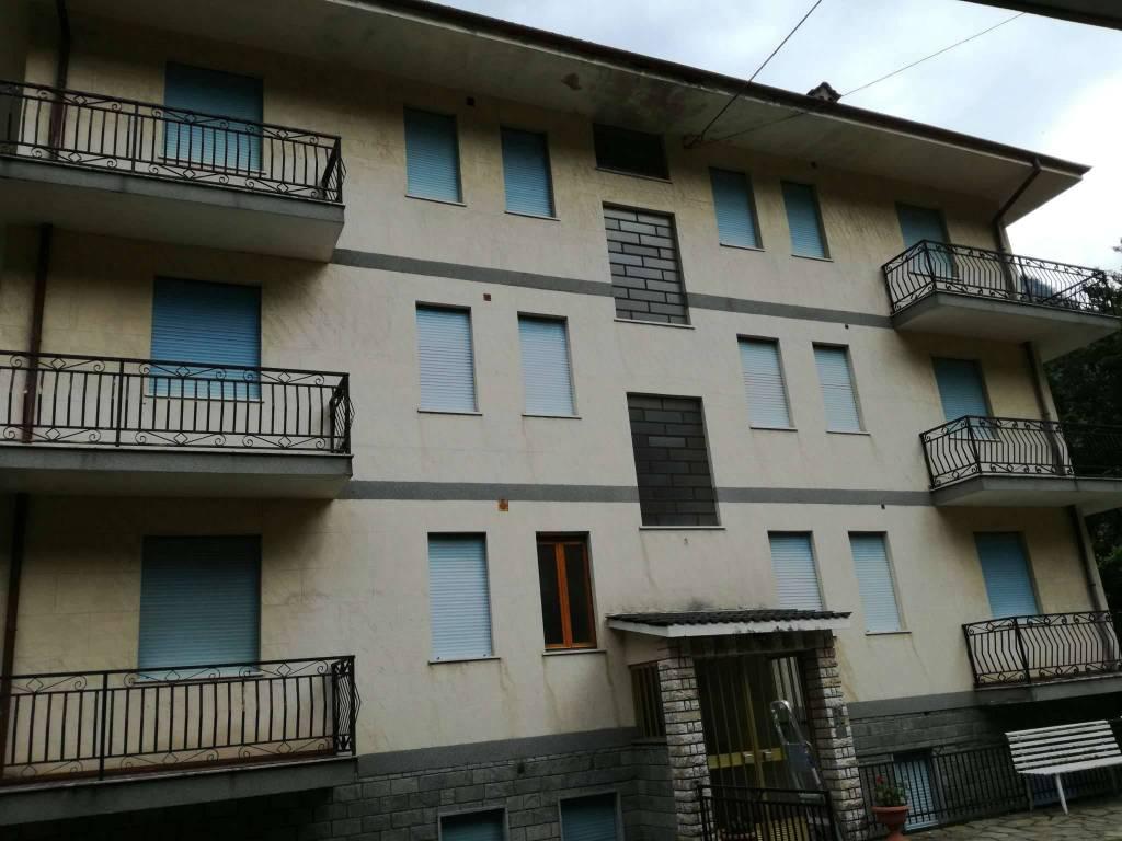 Palazzo / Stabile in vendita a Ceres, 9999 locali, prezzo € 125.000 | CambioCasa.it
