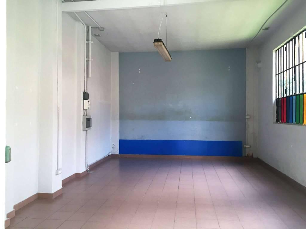 Magazzino/Laboratorio in affitto Zona Parella, Pozzo Strada - via Borgone 10 Torino
