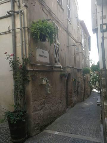 Appartamento bilocale in vendita a Scandriglia (RI)