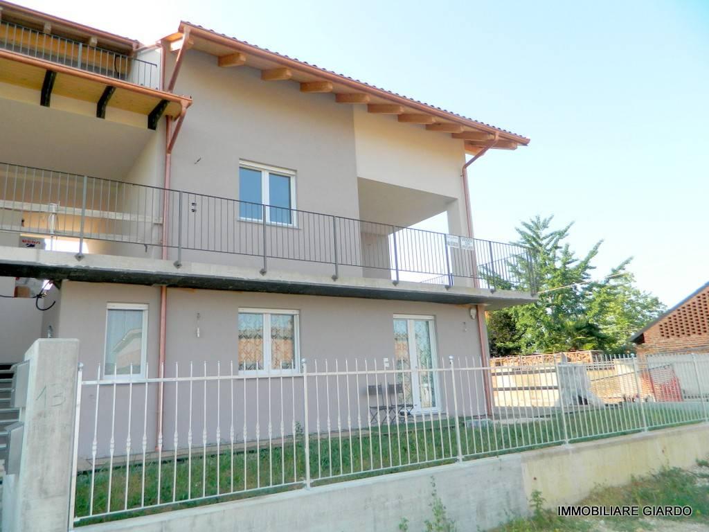 Foto 1 di Appartamento via Vairino, Buttigliera D'asti