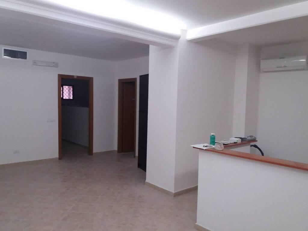 Ufficio / Studio in affitto a Roma, 4 locali, prezzo € 1.300 | CambioCasa.it