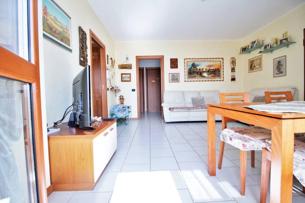 Appartamento in vendita a Marnate, 3 locali, prezzo € 179.000 | PortaleAgenzieImmobiliari.it