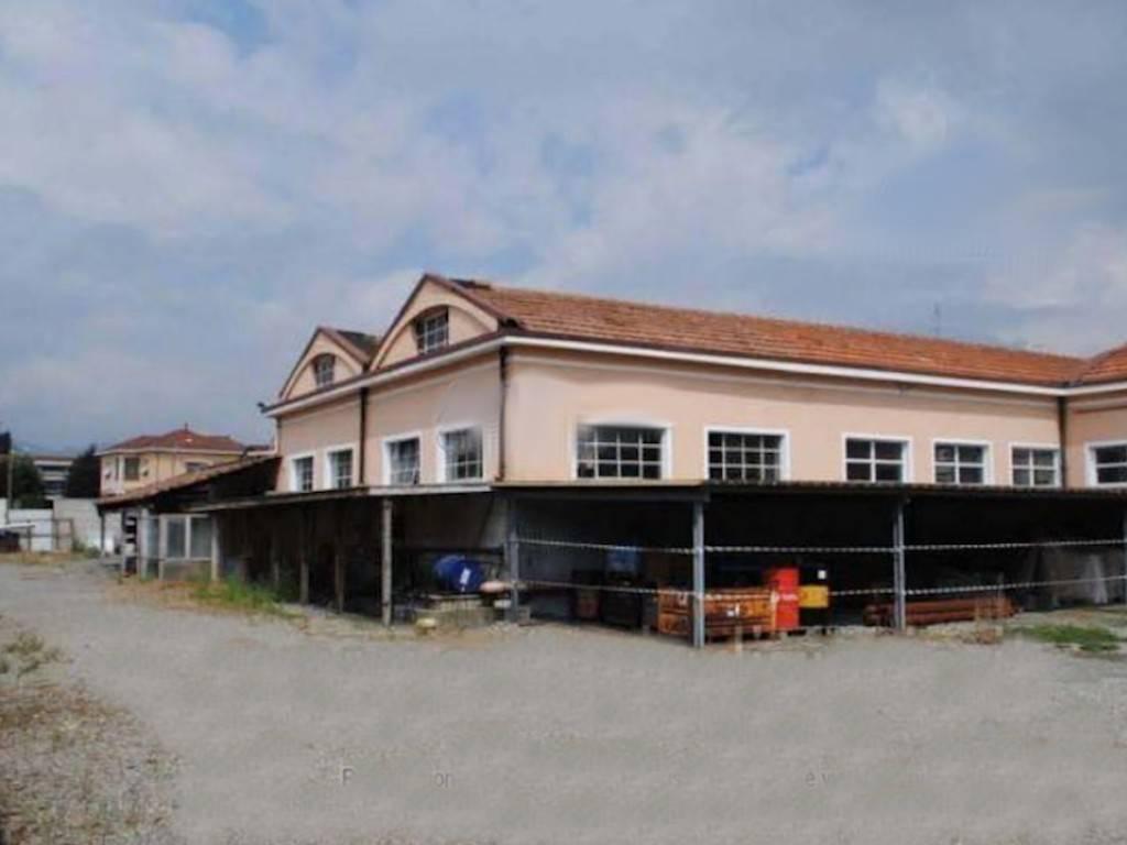 Capannone in vendita a Castellamonte, 6 locali, prezzo € 550.000 | PortaleAgenzieImmobiliari.it