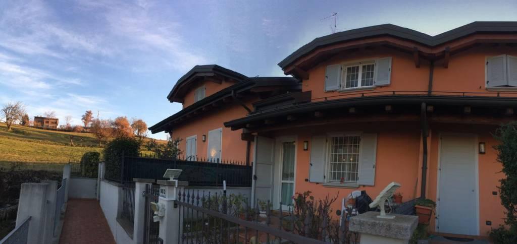 Villetta a schiera in ottime condizioni in vendita Rif. 8519350
