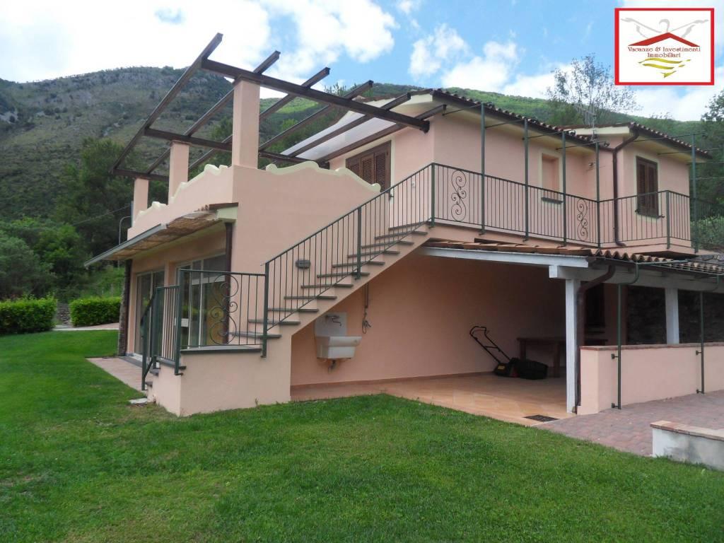Villa in vendita a Maratea, 4 locali, prezzo € 550.000 | CambioCasa.it