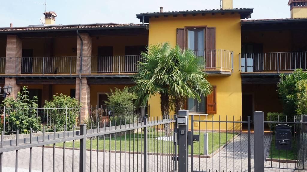 Villa a Schiera in vendita a Montirone, 4 locali, prezzo € 229.000   PortaleAgenzieImmobiliari.it