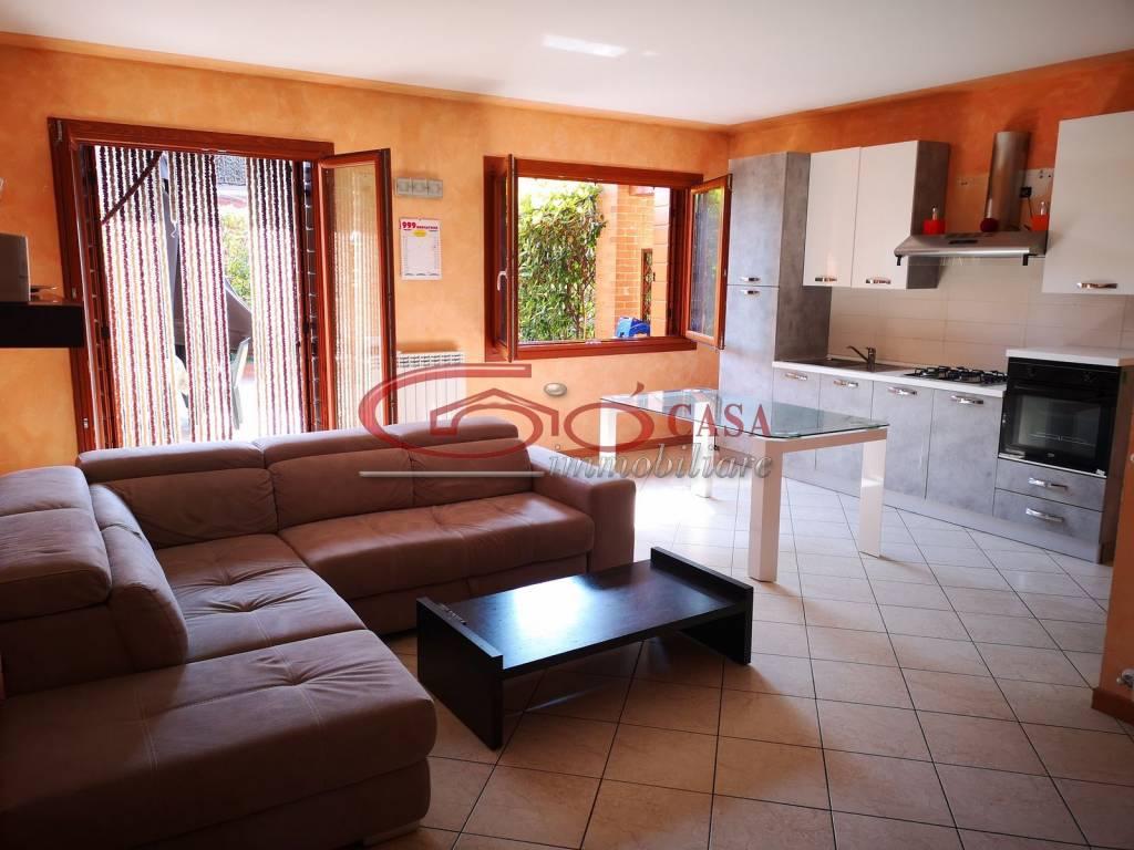 Appartamento in vendita a Rovato, 3 locali, prezzo € 150.000 | PortaleAgenzieImmobiliari.it