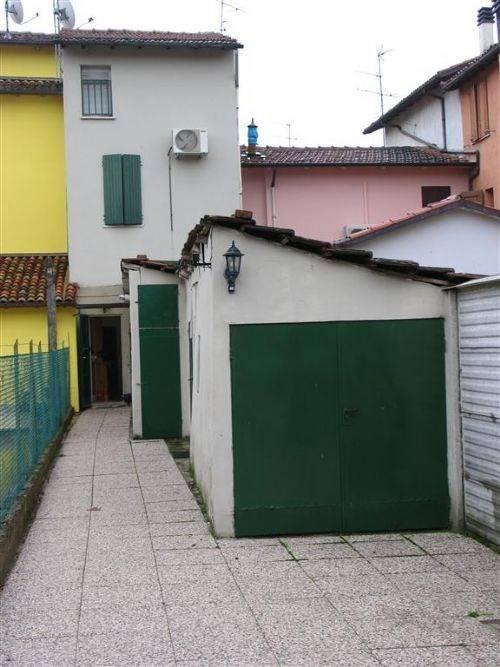 Foto 1 di Casa indipendente frazione San Prospero, Imola