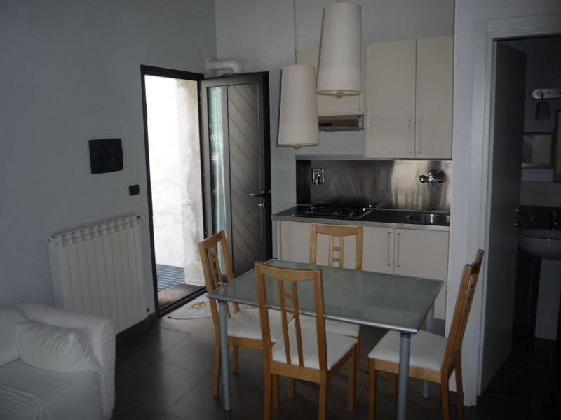 Appartamento in affitto a Caluso, 2 locali, prezzo € 300 | CambioCasa.it