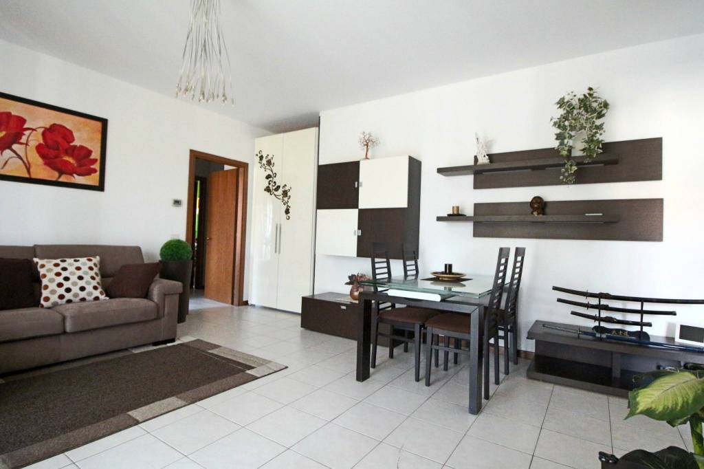 Appartamento in vendita a Buscate, 3 locali, prezzo € 120.000 | PortaleAgenzieImmobiliari.it