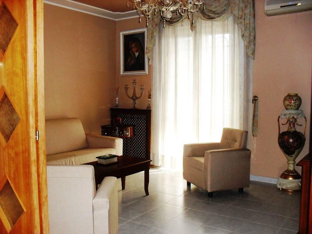 Appartamento in vendita via Calabria 18 Acerra