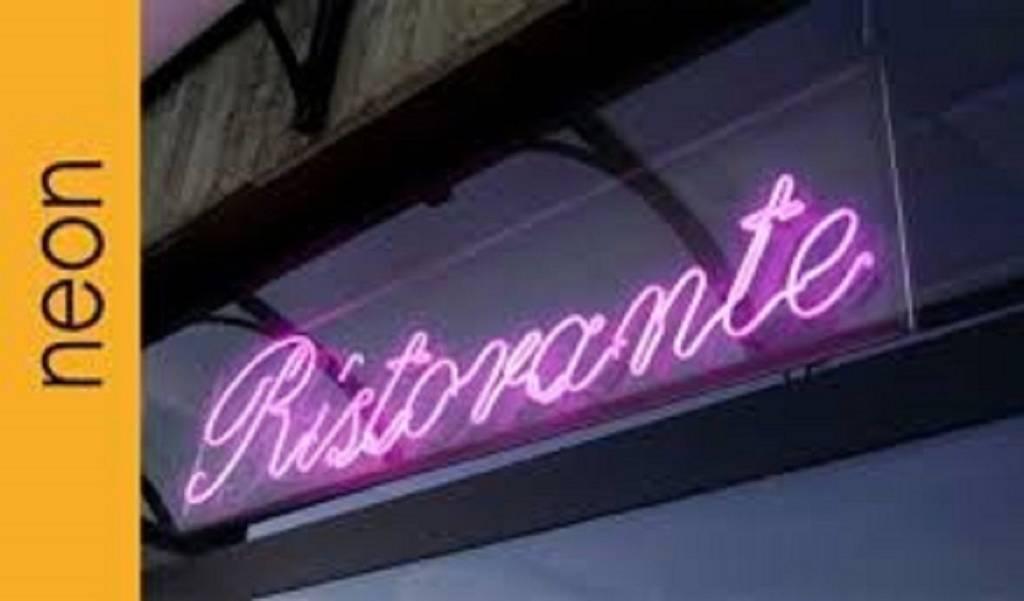 Ristorante / Pizzeria / Trattoria in vendita a Lovere, 1 locali, prezzo € 350.000 | PortaleAgenzieImmobiliari.it