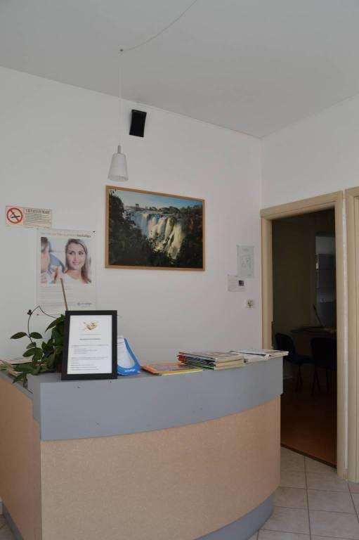 Ufficio / Studio in affitto a Almese, 3 locali, prezzo € 650 | CambioCasa.it