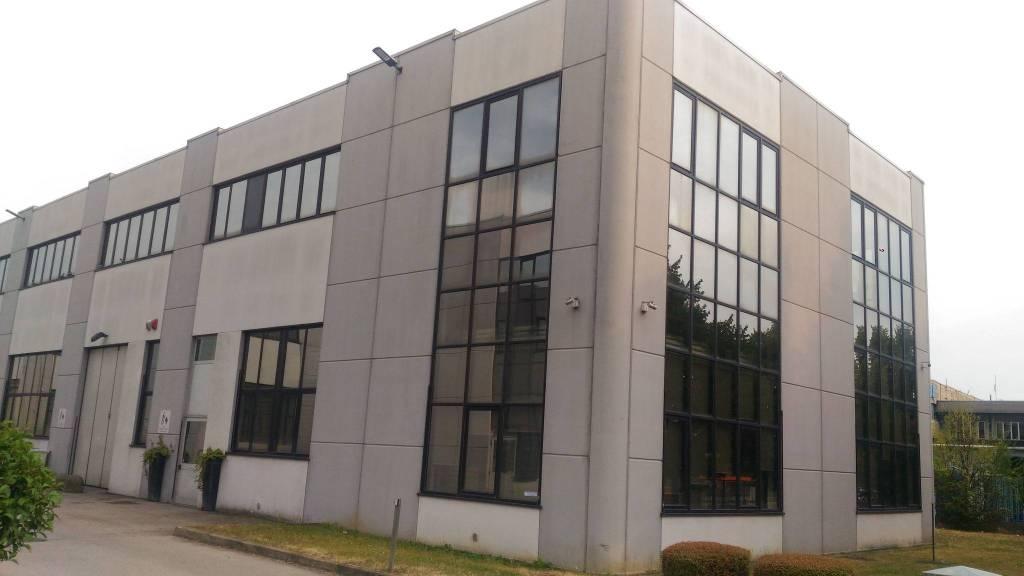 Laboratorio in vendita a Grugliasco, 6 locali, Trattative riservate   PortaleAgenzieImmobiliari.it