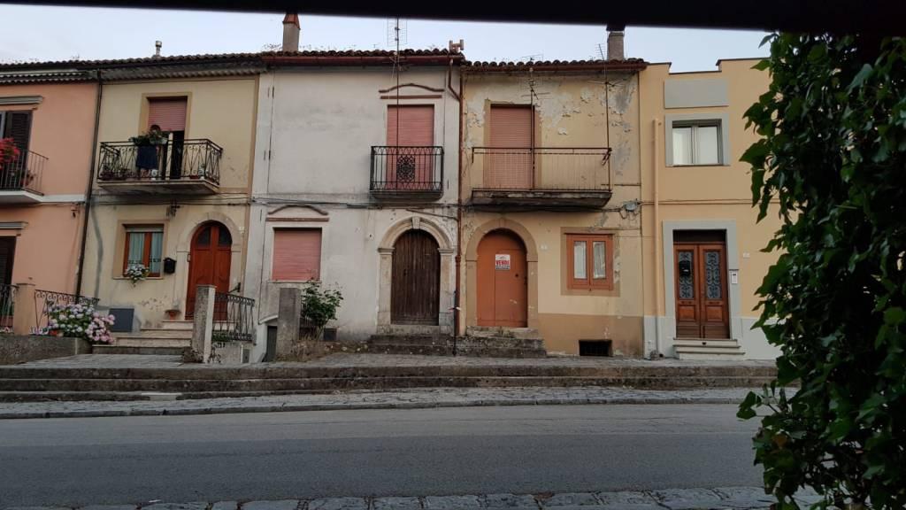 Soluzione Indipendente in vendita a Trecchina, 5 locali, prezzo € 47.000 | PortaleAgenzieImmobiliari.it