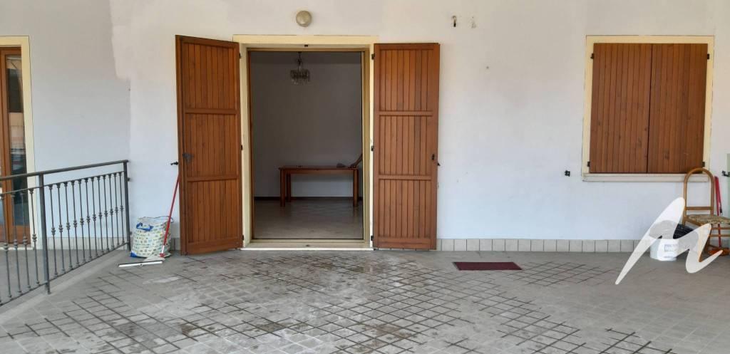 Appartamento in vendita a Orzinuovi, 2 locali, prezzo € 40.000 | CambioCasa.it