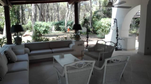 Prestigiosa villa a Riva dei Tessali