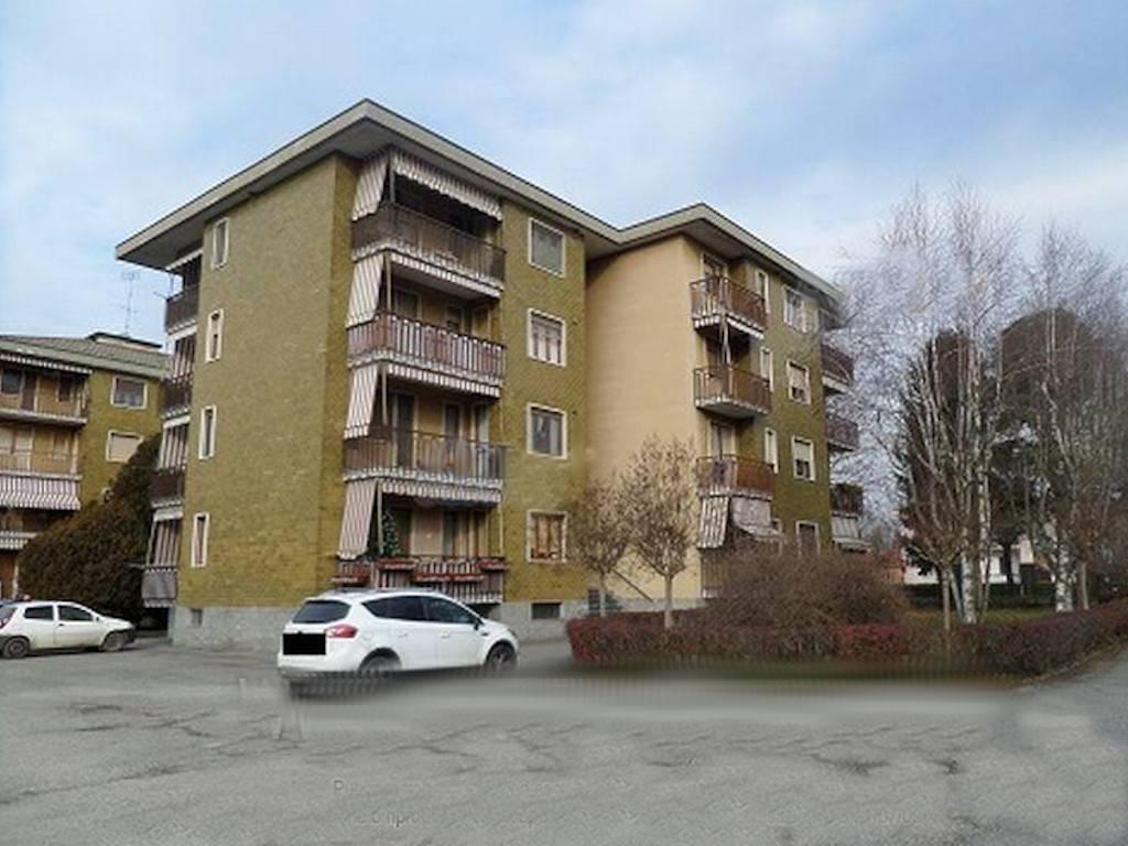 Appartamento in vendita a Lombardore, 3 locali, prezzo € 45.000 | CambioCasa.it