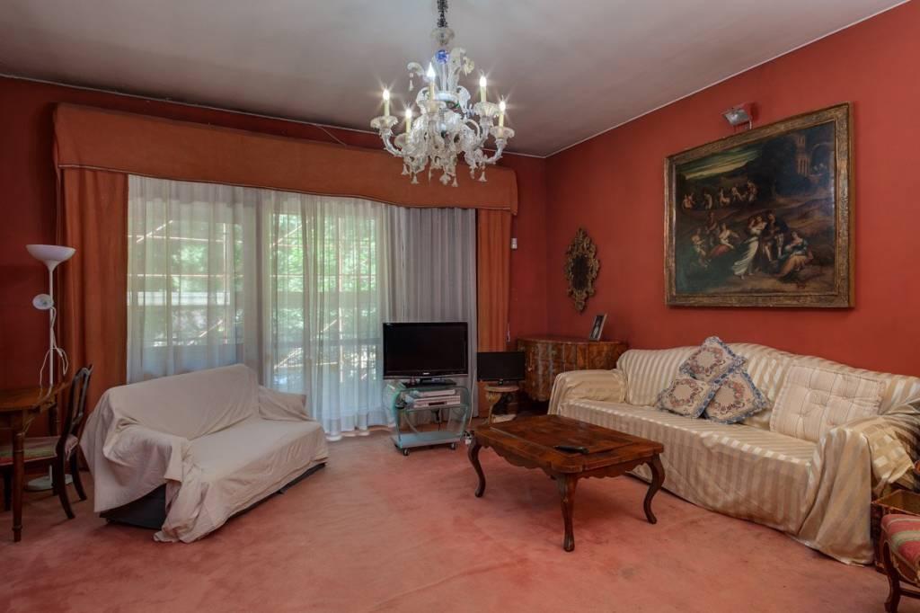 Foto 1 di Appartamento via di Villa Ada 4, Roma