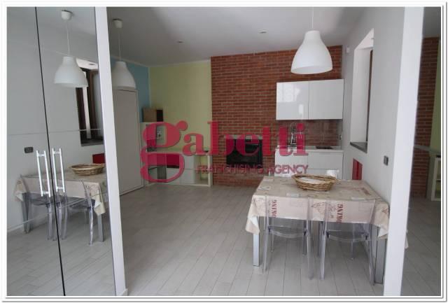 Appartamento in buone condizioni arredato in vendita Rif. 4458713