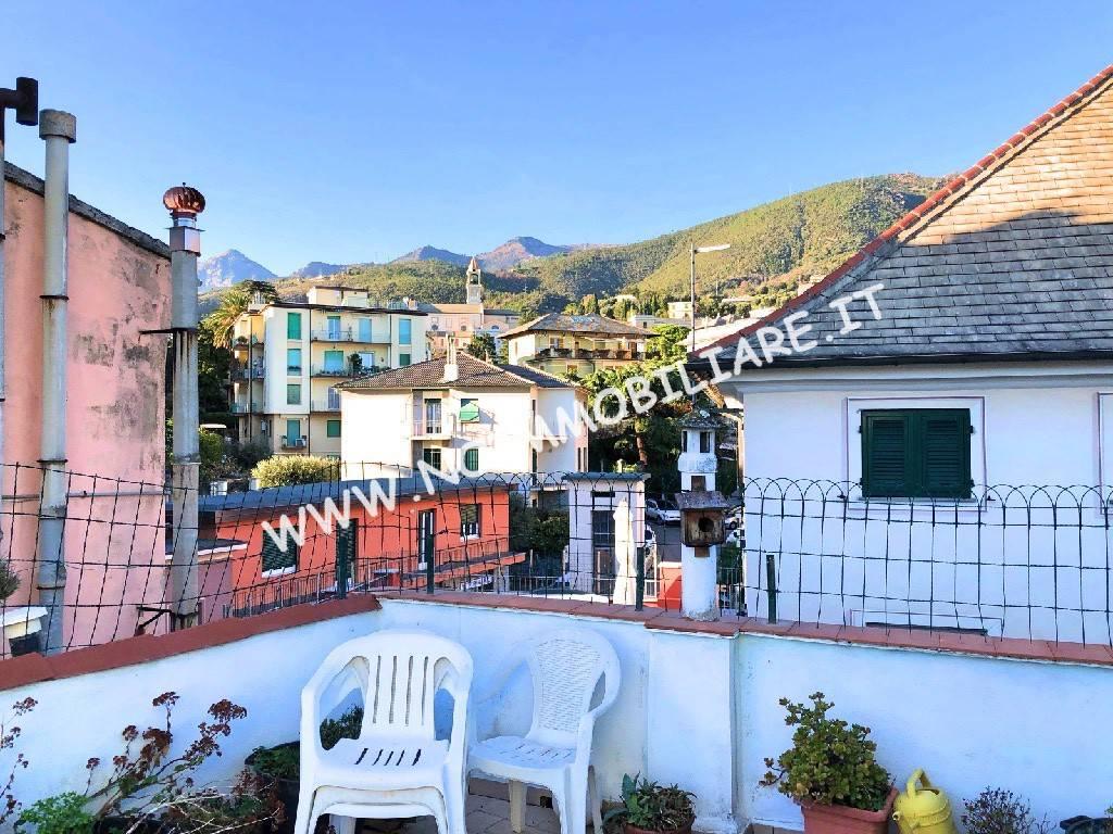 Foto 1 di Attico / Mansarda via Capitan Romeo, Arenzano