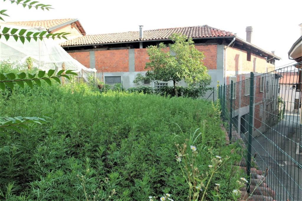 Foto 1 di Casa indipendente via Vittorio Emanuele II, Cuceglio