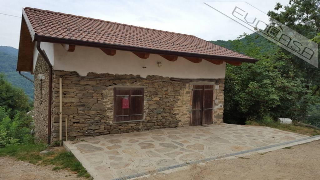 Foto 1 di Casa indipendente Borgata Roncaglia 5, San Germano Chisone