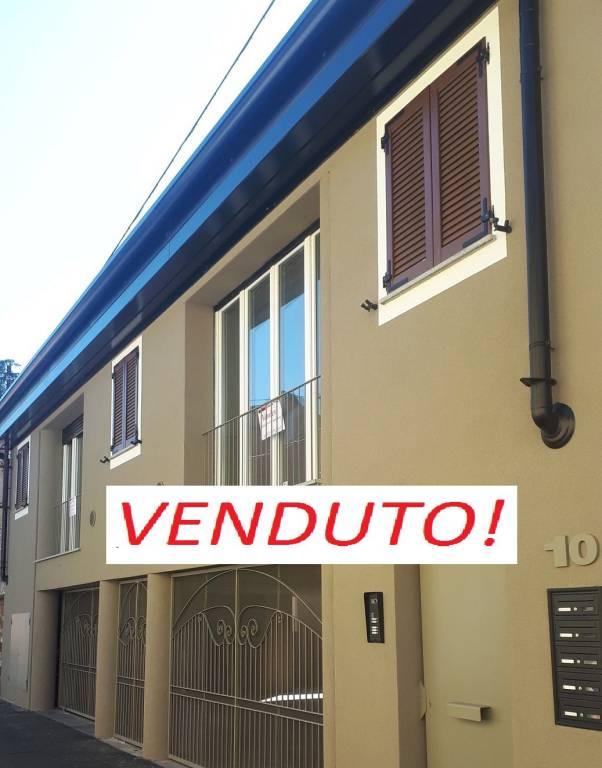Appartamento in ottime condizioni in vendita Rif. 7807165