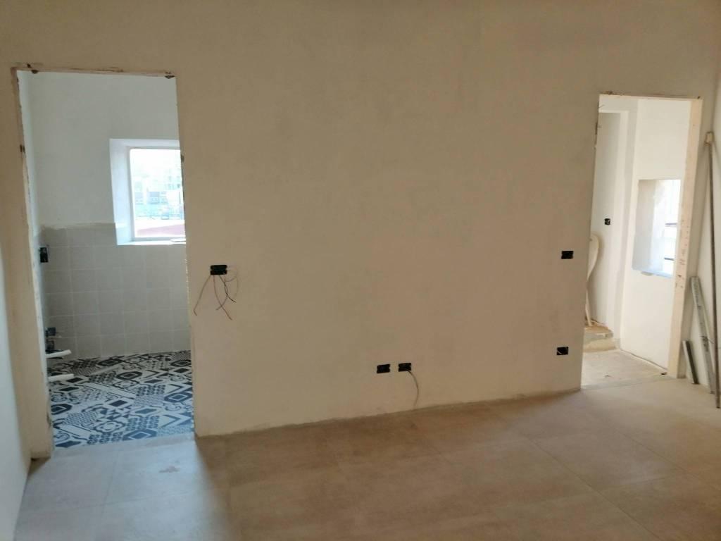 Foto 1 di Appartamento via Reginaldo Giuliani 70, Firenze (zona Castello, Careggi, Le Panche)