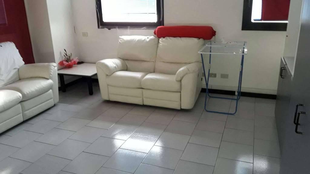 Appartamento in affitto a Como, 1 locali, zona Acquanera- Albate -Muggiò -, prezzo € 550 | PortaleAgenzieImmobiliari.it