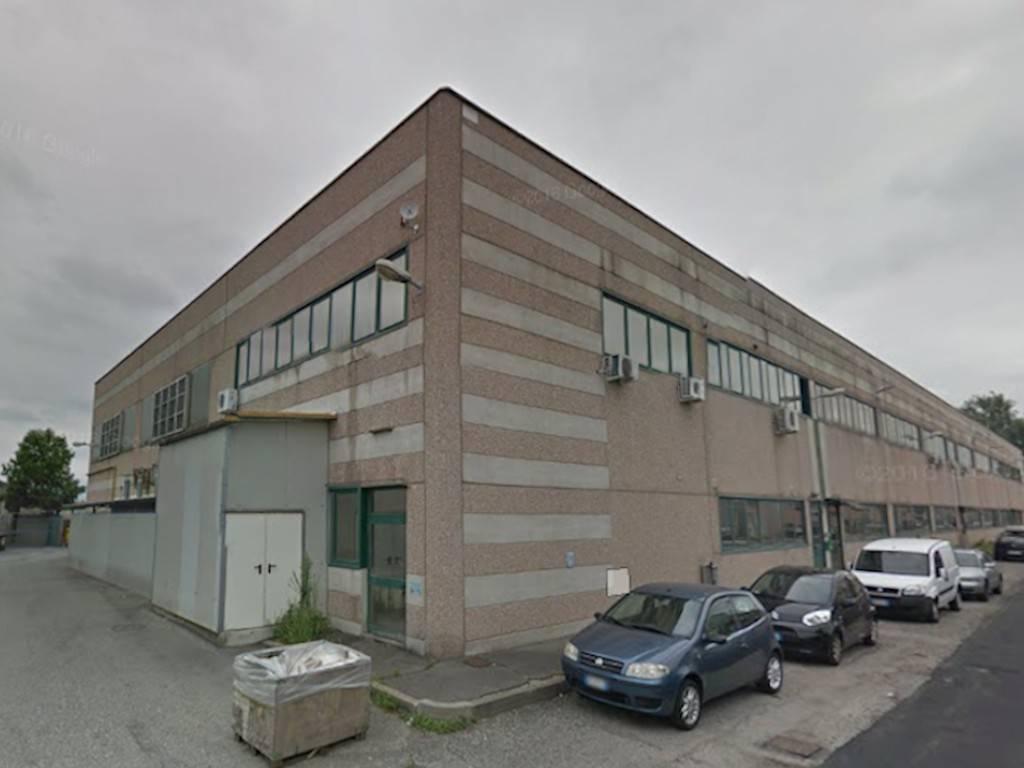 Capannone in vendita a Torino, 6 locali, zona Borgo Vittoria, Madonna di Campagna, Barriera di Lanzo, prezzo € 95.000 | PortaleAgenzieImmobiliari.it