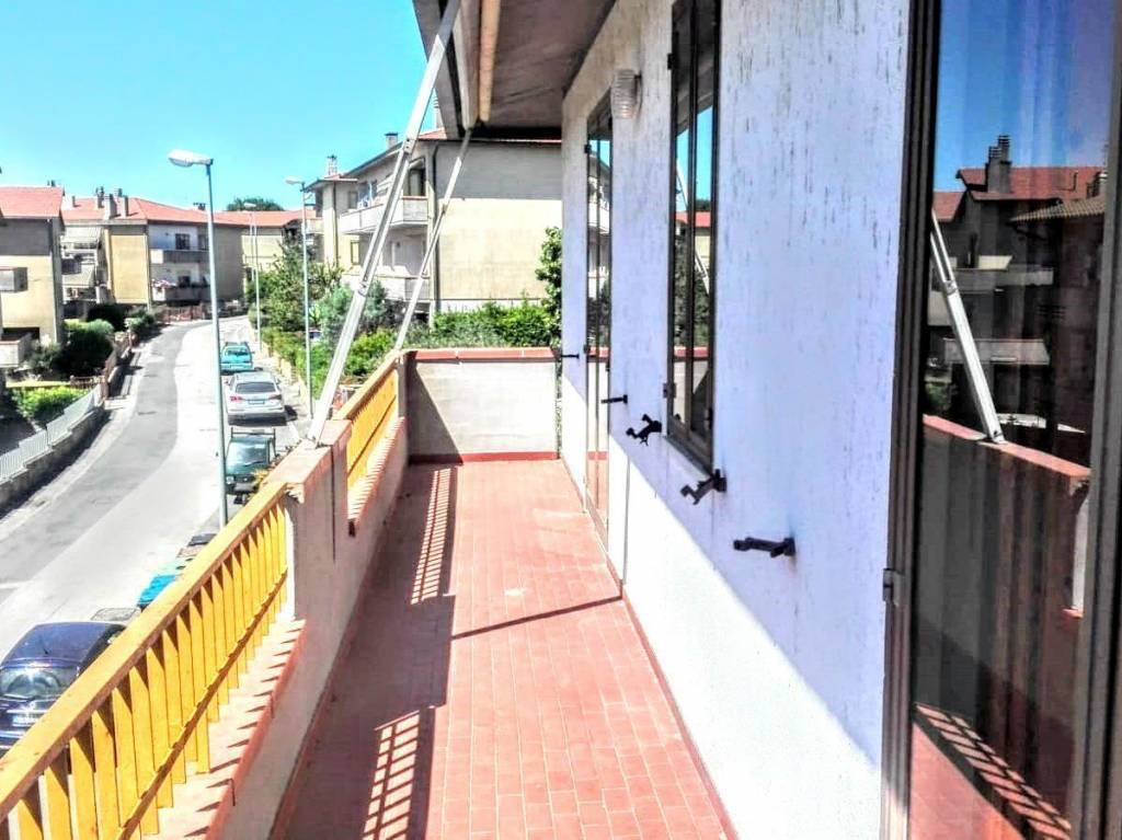 Foto 1 di Appartamento via Giacomo Puccini 13, Scansano