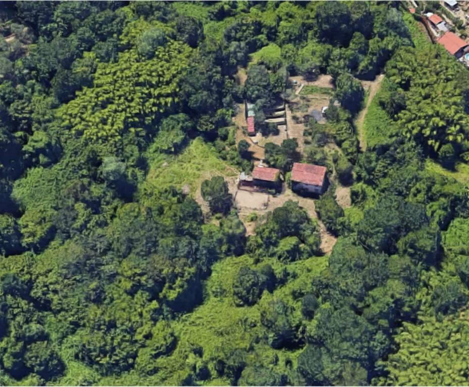 Terreno Edificabile Residenziale in Vendita a Vezzano Ligure