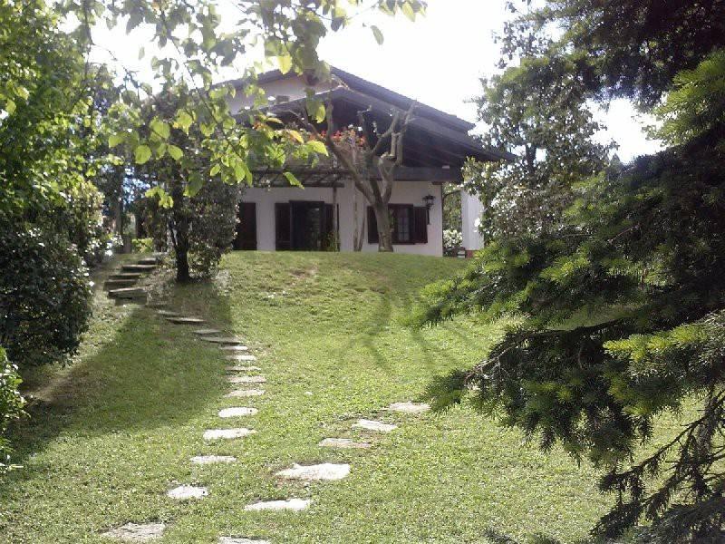 Foto 1 di Villa via circonvallazione, 47, Pecetto Torinese