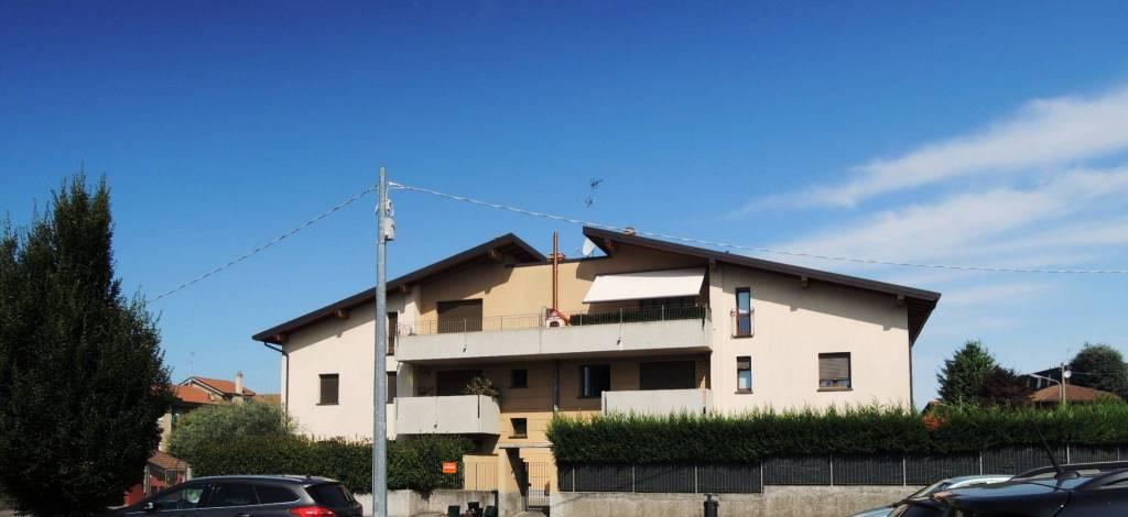 Appartamento in vendita a Verano Brianza, 2 locali, prezzo € 85.000 | PortaleAgenzieImmobiliari.it