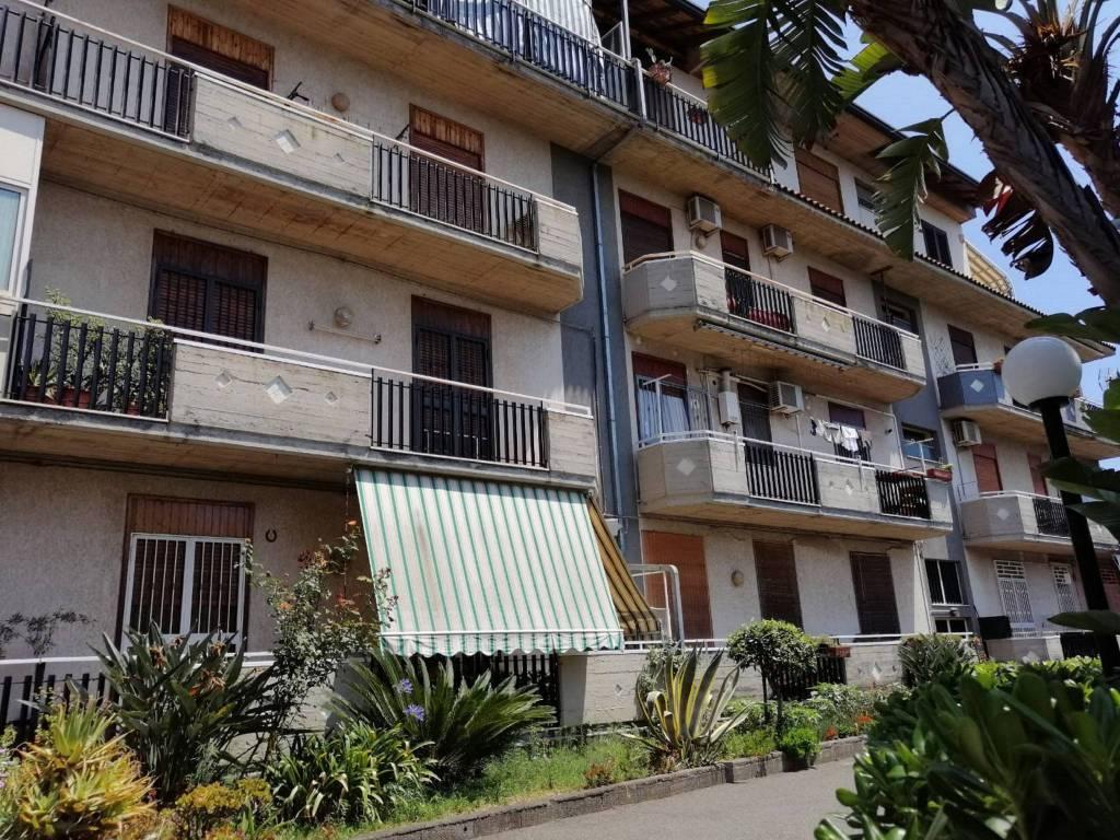 Appartamento in vendita a Aci Catena, 3 locali, prezzo € 99.000 | CambioCasa.it