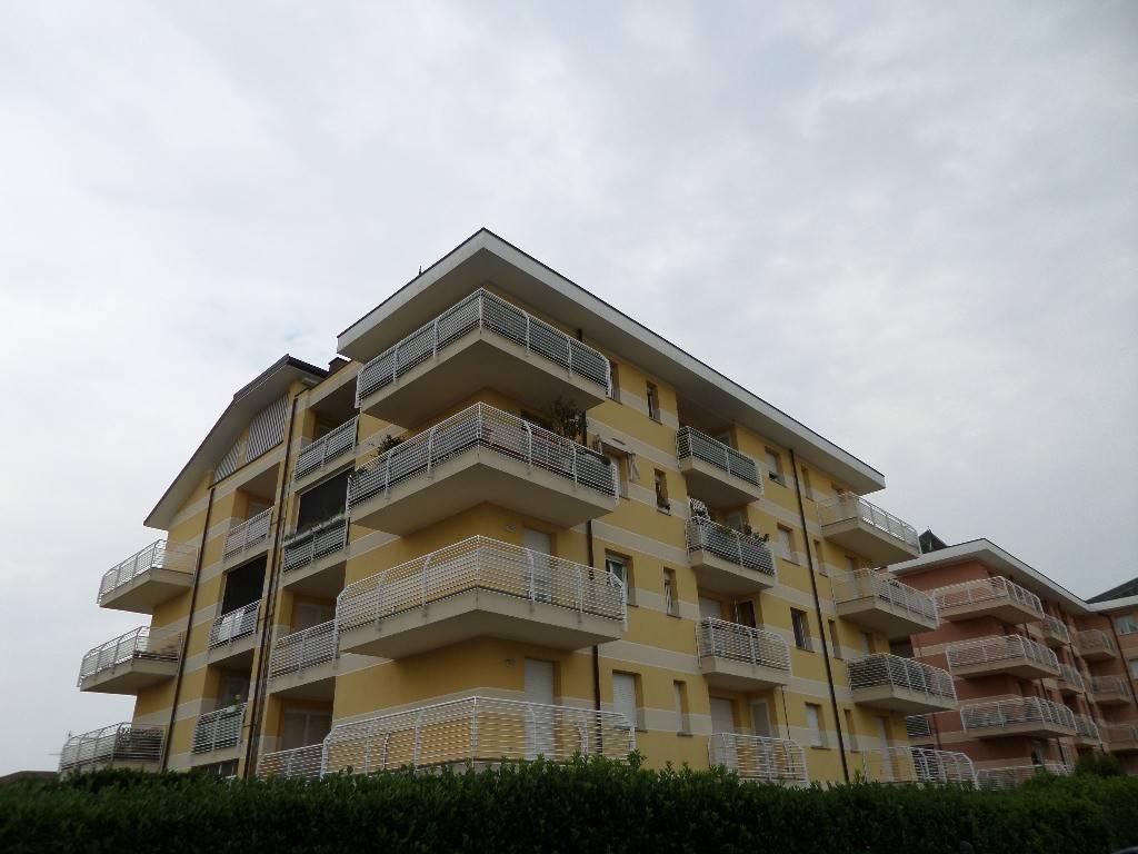 Appartamento in vendita a Rescaldina, 3 locali, prezzo € 230.000 | PortaleAgenzieImmobiliari.it