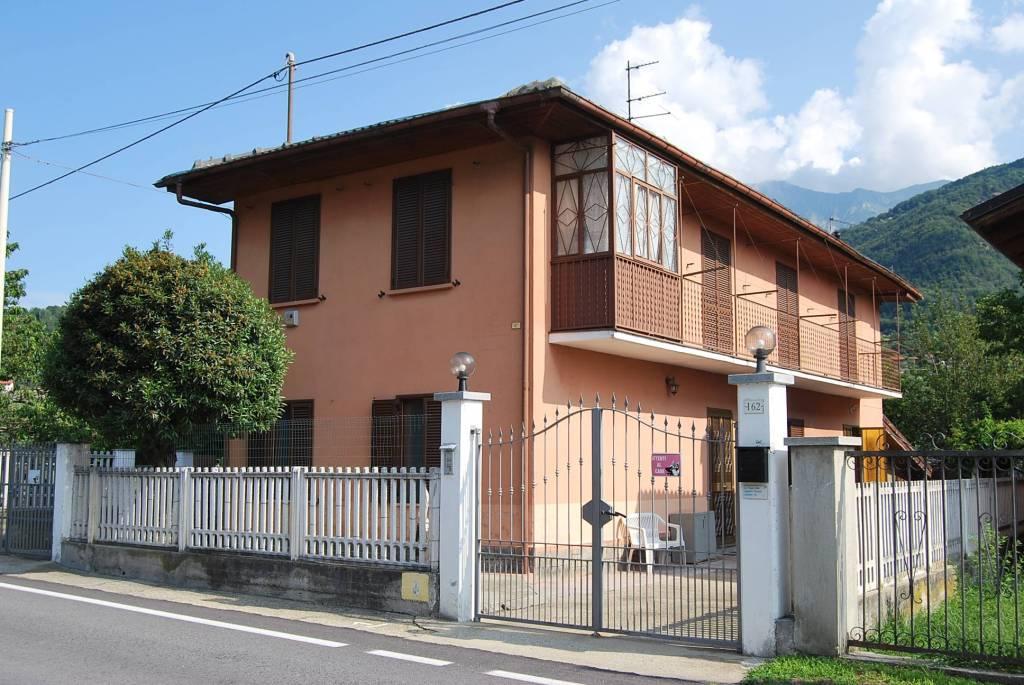 Foto 1 di Villa via Provinciale, Inverso Pinasca