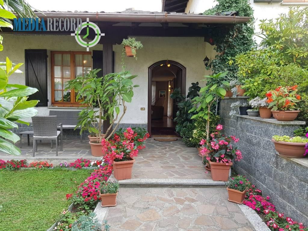 Villa in vendita a Beregazzo con Figliaro, 5 locali, prezzo € 450.000   PortaleAgenzieImmobiliari.it