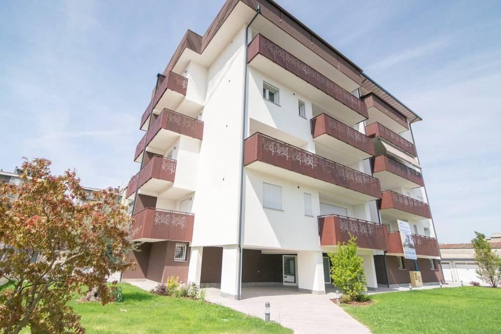 Appartamento in vendita a Lodi, 3 locali, prezzo € 290.000 | CambioCasa.it