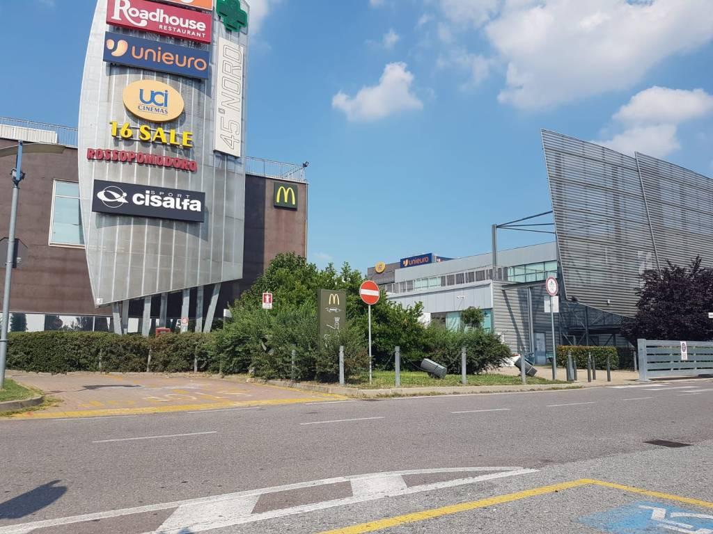 Cessione attività in vendita via Fortunato Postiglione Moncalieri