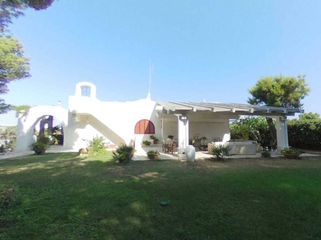 Villa in buone condizioni in vendita Rif. 7596901