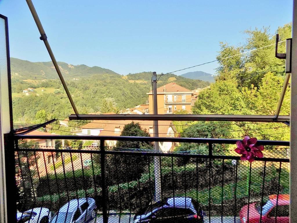 Foto 1 di Trilocale via Isorelle, frazione Isorelle, Savignone